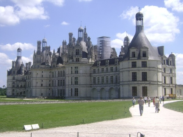 Photo from a student tour of France in the Loire Valley